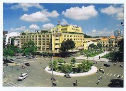 VIETNAM - HO CHI MINH CITY - ROND POINT  - PHOTO HUU CAY - 1970s ( 1682 ) - Cartes Postales