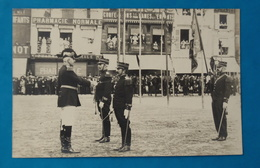 Cpa CARTE PHOTO 60 OISE BEAUVAIS MILITARIA GUERRE REVUE MILITAIRE REMISE DECORATIONS 14 JUILLET 1908 - Beauvais