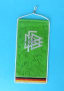 GERMANY NATIONAL FOOTBALL TEAM 1980's - Vintage Pennant With Original Autographs * Deutschland Fussball Team Autographen - Uniformes Recordatorios & Misc