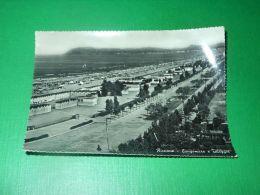 Cartolina Riccione - Lungomare E Spiaggia 1956 - Rimini