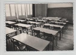 Collège De Jeunes Filles De Bourgoin Salle De Sciences Du Centre D'Apprentissage Rare - Bourgoin