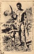 Natives Avec Leur Boumerang  -  Homme Avec Scarifications Sur La Poitrine - Unclassified