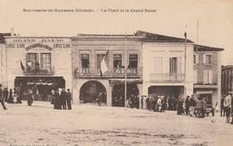 CPA Dép. 33. Gironde. Sauveterre-de-Guyenne - La Place Et Le Grand Bazar. Bien Animée. - Francia