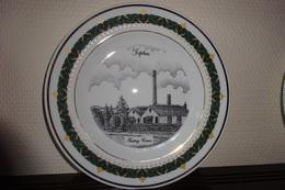 * Tiptree (United Kingdom - Essex - Colchester) * Uniek Bord Porselein Tiptree (the Canterbury Collection) - Ceramics & Pottery