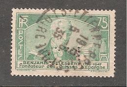 Perfin/perforé/lochung France No 303 CN (269) - France