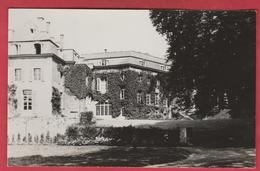 Beaumont - Bâtiments De L'Institut Paridaens - 1 ... Carte Photo ... époque: Années 50 ( Voir Verso ) - Beaumont