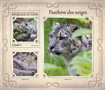 GUINEA 2017 SHEET SNOW LEOPARDS WILD CATS RAUBKATZEN FELINS FELINES FELINOS FELINI WILDLIFE Gu17124b - Guinee (1958-...)