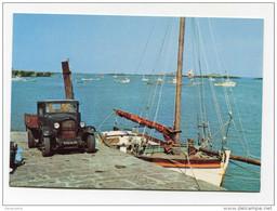 """CPM """"Le Ravitaillement De L´Hôtel Du Fort à Chausey"""" Ancien Camion Citroën - Granville - Manche - Normandie - Granville"""