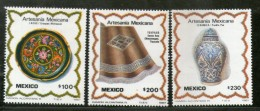Mexico 1987 Handicrafts Lacquerware Tray Lidded Jar Blanket Sc 1480-82 MNH # 1465 - Textile