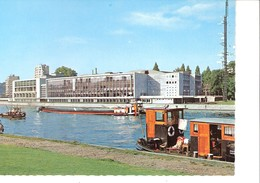 Liège-Luik-Lüttich-+/-1960--Palais Des Congrès-Bateaux-Péniche-Remorqueur Sur La Meuse - Luik