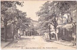 42. RIVE-DE-GIER. Rue Waldeck-Rousseau. 110 - Rive De Gier