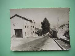 LAVELANET  -  09  - Avenue De Foix  -  ARIEGE - Lavelanet