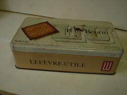 Lot. 798. Boîte En Fer Petit-Beurre. LU - Boîtes