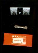 Ancien Wattmètre-Tosmètre B.S.T SWR 100 Dans Sa Boite D'origine Avec 2 Notices - Telefonía