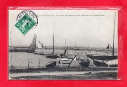 50-CPA SAINT VAAST LA HOUGUE - LA CALE DE RADOUB ET LE CHANTIER DE CONSTRUCTION - (N°315) - Saint Vaast La Hougue