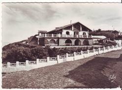 CPM/CPSM - VILLA Basque  SUR LA COTE - France