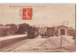 CPA 17 Le Gua La Gare Et Le Train Tramway Ligne De St Just Saujon - France