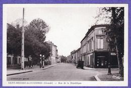 SAINT MEDARD DE GUIZIERES - RUE DE LA REPUBLIQUE - France