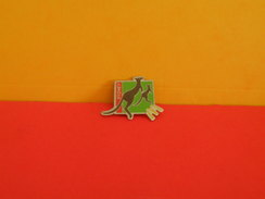 Collection Pin's > Ville > Sydney - - Cities
