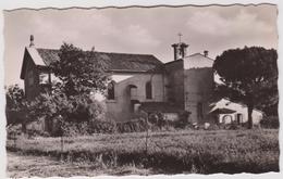 Var : CAVALAIRE  Sur  MER : L église  1964 - Cavalaire-sur-Mer