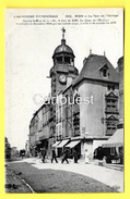 CPA 63 RIOM La TOUR De L Horloge ( Charcuterie, Cycliste ) - Riom
