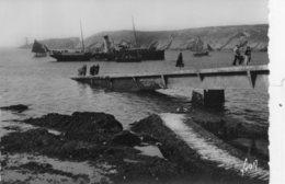 CPSM LE CONQUET. Le Bateau D'Ouessant Et La Pointe De Kermorvan. - Le Conquet