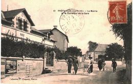 CPA N°90 - LOT DE 2 CARTES DE PREFAILLES - LA MAIRIE ET LE CARREFOUR DE LA GARE + LA GRANDE PLAGE - Préfailles