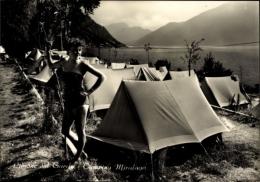 Cp Limone Sul Garda Lombardien Italien, Campingplatz, Miralago, Dame Vor Zelt - Italia