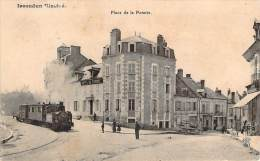 36 - Issoudun Illustré - Place De La Poterie (train) (hotel De France) - Issoudun