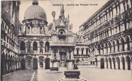 Italy Venezia Cortile del Palazzo Ducale 1935