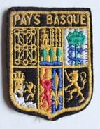 écusson Ancien Blason Brodé Pays Basque - Ecussons Tissu