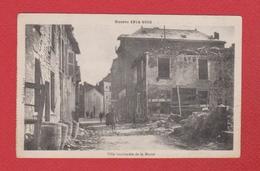 Une Ville Bombardée Dans La Marne - France