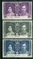 FIDJI  ( POSTE ) : Y&T N°  101/103  TIMBRES  NEUFS  SANS  TRACE  DE  CHARNIERE , A  VOIR  . - Fiji (...-1970)