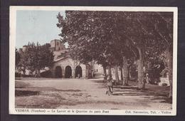 CPA 84 - VEDENE - Le Lavoir Et Le Quartier Du Petit Pont - TB PLAN CENTRE VILLAGE Petite Animation - Otros Municipios