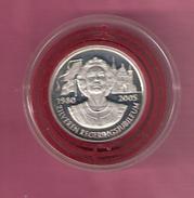 NEDERLAND SILVER MEDAL 2005 BEATRIX 25 YEAR QUEEN - Pièces écrasées (Elongated Coins)