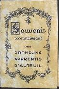 SOUVENIR Reconnaisant Des ORPHELINS APPRENTIS D'AUTEUIL - Carnet De Photos De Ste-Thérèse Et Médaille Bénit - TBE - Religion & Esotérisme