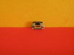 Collection Pin's > Automobile > Peugeot (Esso) - Peugeot