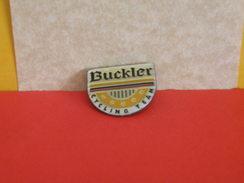 Collection Pin's > Bière > Buckler - Bière