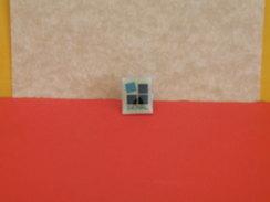 Collection Pin's > Non Classés > INOVAL - Pin's