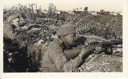 Foto Russische Soldaten In Stellung - 2. WK - 9*5cm - Repro (29167) - Repro's