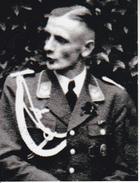 Foto Deutscher Soldat Mit Auszeichnungen - 2. WK - 9*7cm - Repro (29178) - Repro's