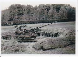 Foto Deutscher Soldat Mit Flak - 2. WK - 7*5cm - Repro (29192) - Repro's