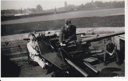 Foto Deutsche Soldaten Mit Flak - 2. WK - 9*6cm - Repro (29196) - Repro's