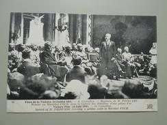 YVELINES  VERSAILLES FETES DE LA VICTOIRE 14/17/1919 DISCOURS DE M. POINCARE REMISE AU MARECHAL FOCH DANS LA GALERIE.... - Versailles (Castillo)