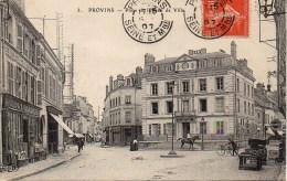 77 PROVINS  Place De L'Hôtel De Ville - Provins