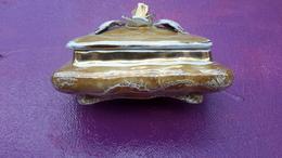 Magnifique Bonbonnière  En Porcelaine ( 15x10x8 Cm ) - Céramiques