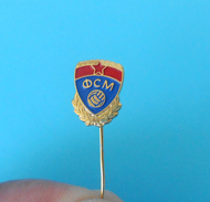 MACEDONIAN FOOTBALL FEDERATION - Vintage Pin Badge * Fussball Calcio Futbol Futebol Foot Anstecknadel Distintivo - Football