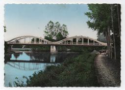 PEILLAC ( Morbihan - 56 ) - Le Pont D'Oust - Les éditions Du Moulin, Sartrouville  - Bon Etat . Voyagée. - Autres Communes