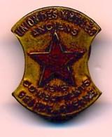 Insigne Union Des Mutilés - Anciens Combattants Grande Guerre - 1916 - Badges & Ribbons
