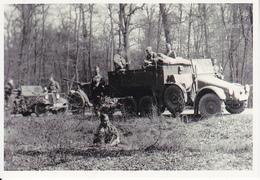 Foto Deutsche Soldaten Auf Zugfahrzeug Mit Pak/Flak - 2. WK - 9*7cm - Repro (29222) - Krieg, Militär